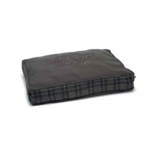 matelas dromo matelas pour chien designed by lotte wanimo. Black Bedroom Furniture Sets. Home Design Ideas