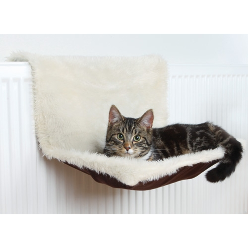 hamac bicolore hamac lit de radiateur pour chat trixie wanimo. Black Bedroom Furniture Sets. Home Design Ideas