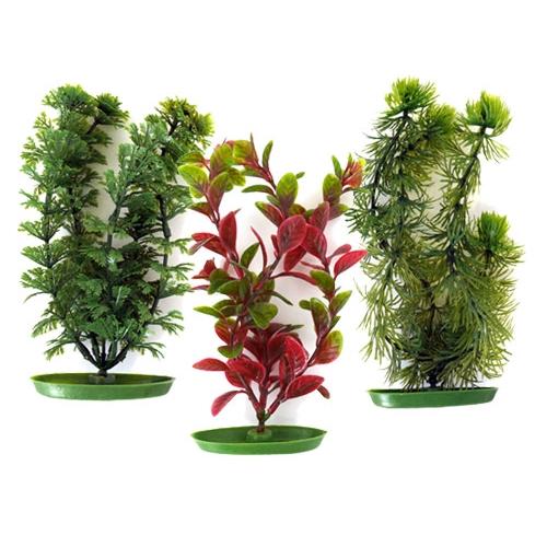 plantes artificielles dans un aquarium