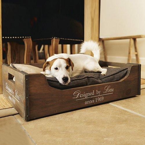 caisse en bois panier pour chien design by lotte wanimo. Black Bedroom Furniture Sets. Home Design Ideas